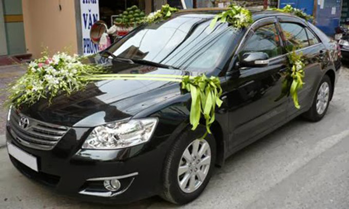 cho thue xe cuoi toyota camry